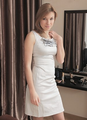 Teen Dress Porn Pics - Young Tight Pussy